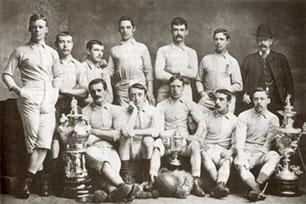 Die Geschichte des Fußballs auf einen Blick