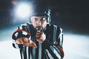 Die häufigsten Eishockey-Strafen & Fouls