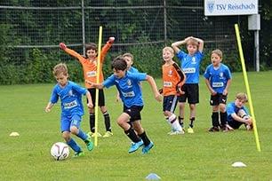 Kindertraining im Fußball: Tipps von Trainer Ingo Anderbrügge