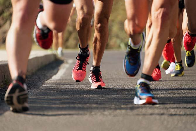 Läufer beim Marathon nach Vorbereitung