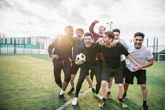 7 Sportler gründen einen Sportverein