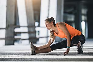 The Best Stretches Before and After a Run