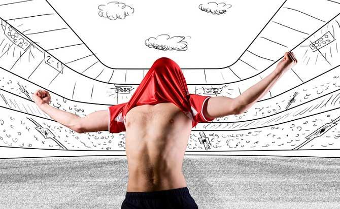Fußballspieler steht in einem gezeichneten Stadion und zieht sich im Jubel das Trikot über den Kopf