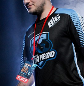 Example of a customised eSports jersey